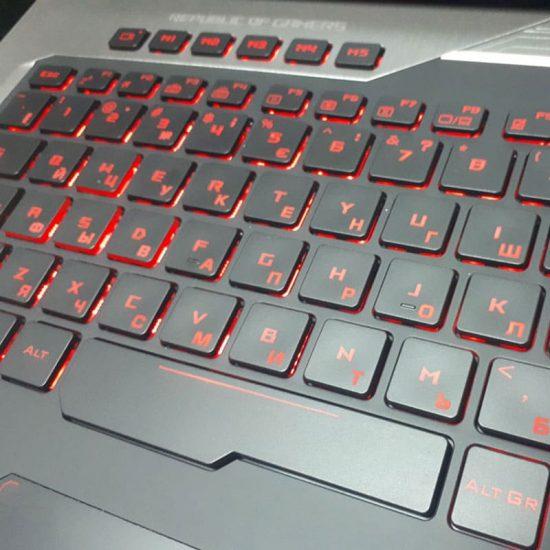 Лазерная гравировка клавиатуры ноутбука Asus